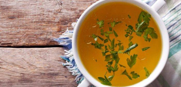 Drink to your health! 8 simple beverages to boost thyroid healing.